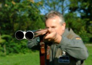 cacciatore-con-il-fucile